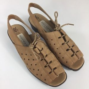 Vintage Jones New York Sport Tan Wedge Sandals